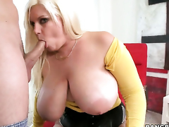 Tiffany Blake with fat butt knows not any restrict when it comes to taking cum shot on her light