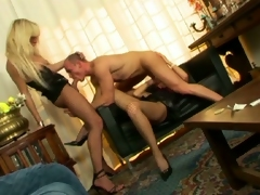 Sizzling muscled hunk enjoying sex crazed shemales