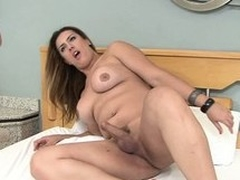 Bootylicious Latina bouncing on top be profitable to Patricia Bismark's shemale dick