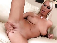 Pretty good Pamela Blond with juicy hooters fucks herself with toy